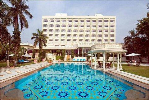 Cheap Hotels Near Gateway Of India